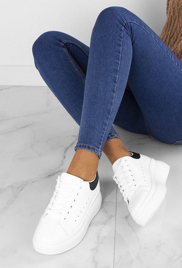Biale Sneakersy Na Platformie Jaxen Stili