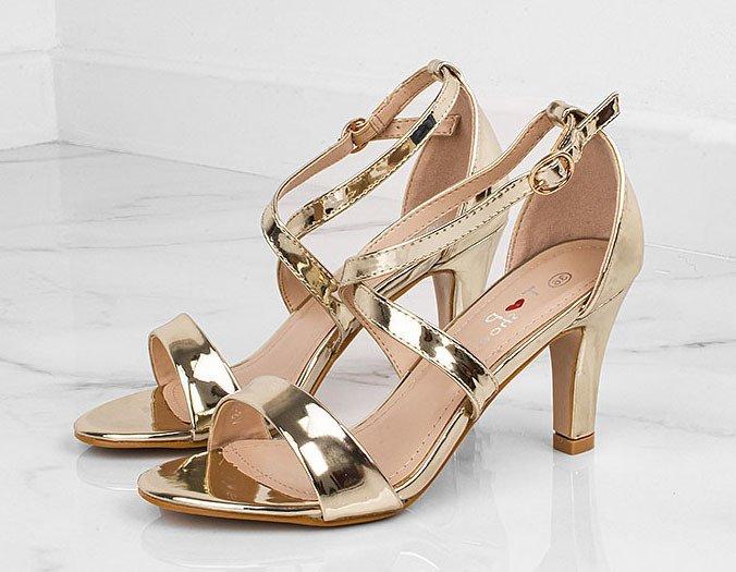 złote sandały 8 cm
